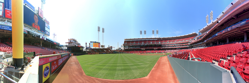 Great American Ball Park Panorama - Cincinnati Reds - Foul Pole
