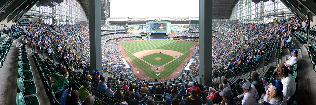 Miller Park Panorama - Milwaukee Brewers - Sect 422 During Game